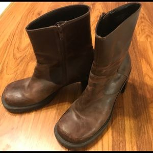 ❗️Vintage❗️Women's AE leather boot size 8❗️